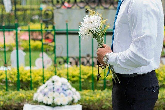Cómo dar el pésame y expresar condolencias
